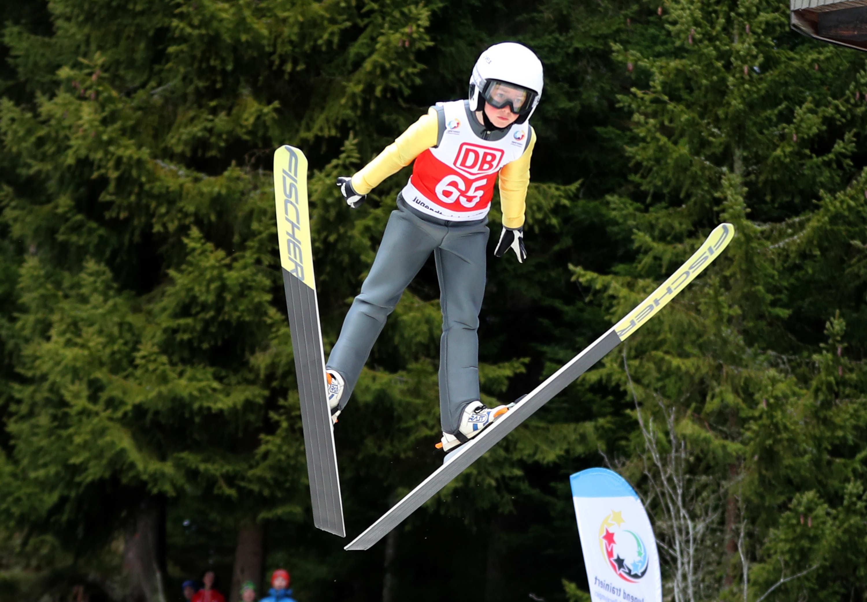 Skispringen, wie funktioniert das überhaupt?   Jugend trainiert